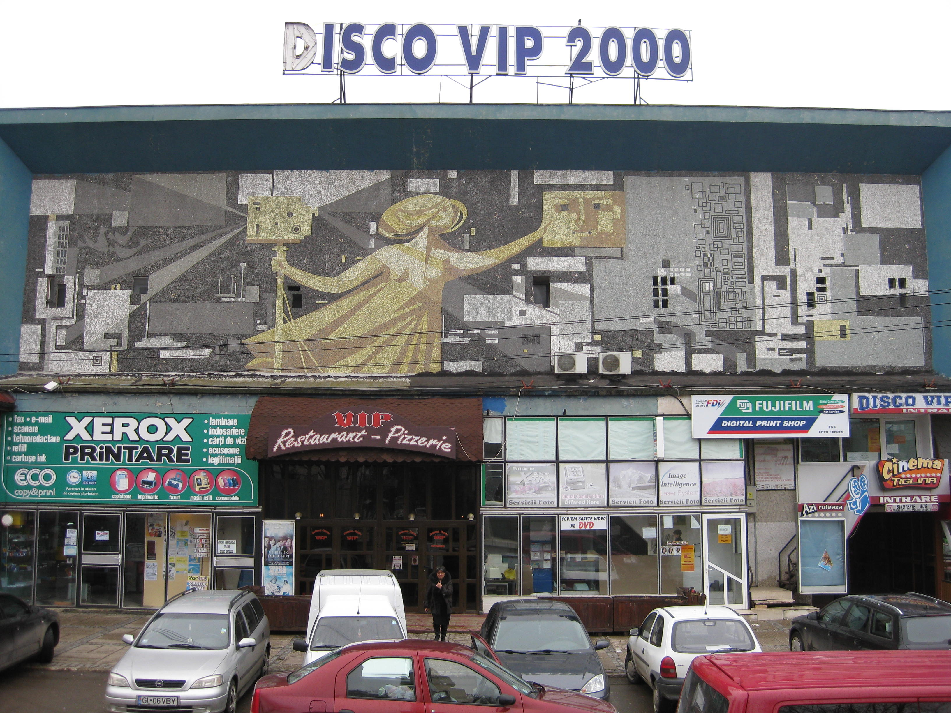 The Building Holds A Restaurant Film Developer And Copier Among Other Stores But It Used To Be One Of Cinemas In Galati